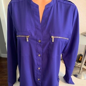 Pretty Calvin Klein Blouse size Med preowned